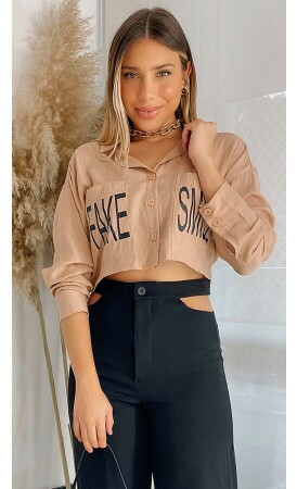 Camisa Cropped Fake Smile Lov.it atacado